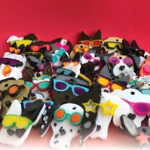 Placas Perritos Con Gafas